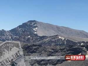 Pico Mulhacén Sierra Nevada - bicicleta de alquiler rent a bike granada